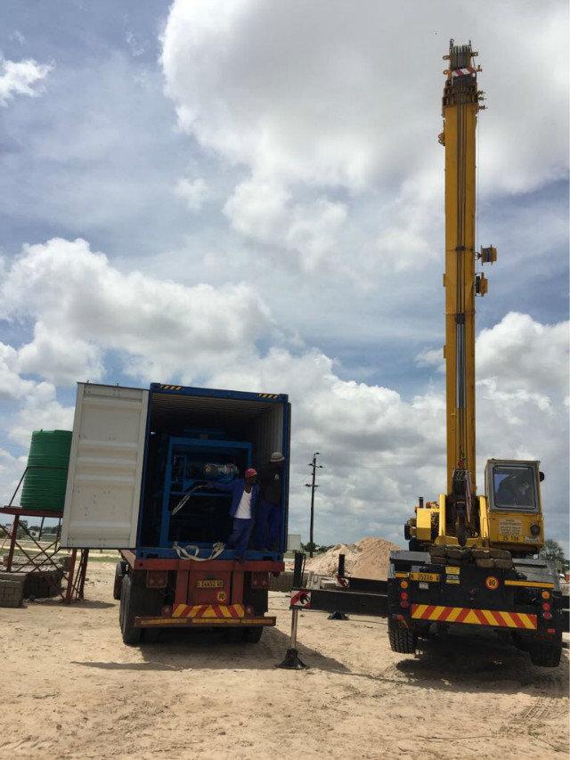 纳米比亚QTY6-15 block machine in Namibia (7)
