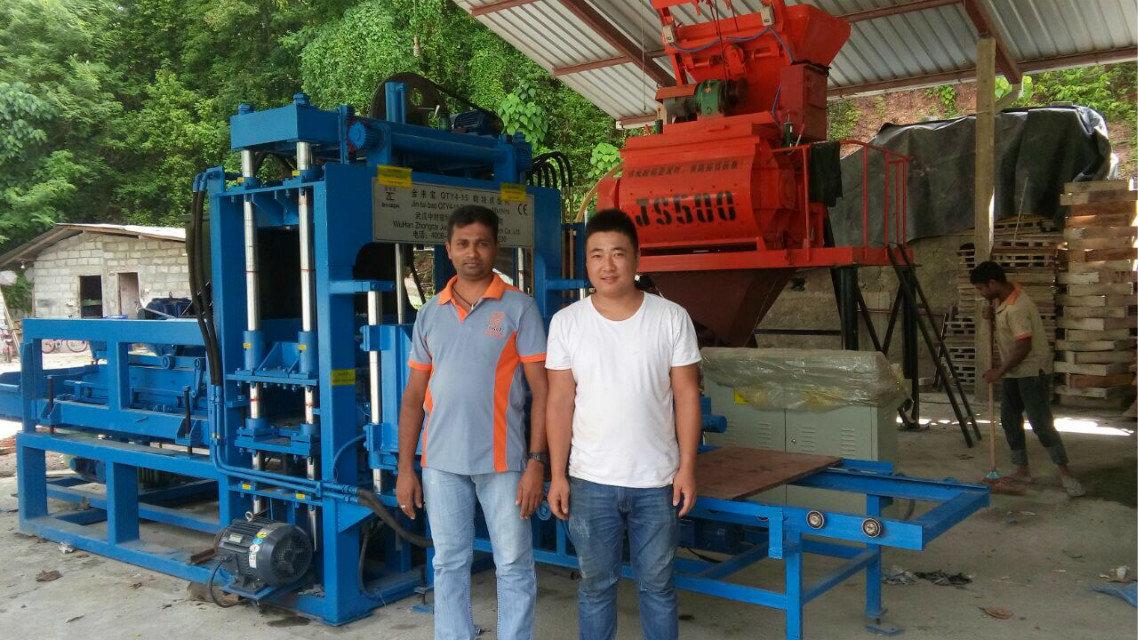 QTY4-15 block machine in Sri Lanka (10)